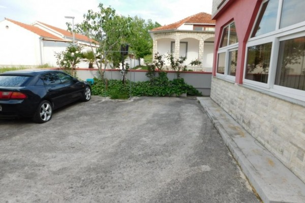 Vrsi, Zukve, house for sale only 30 meters from sea