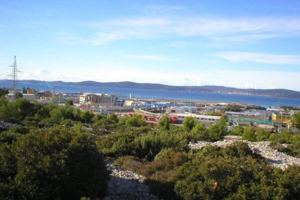 Zadar, Barbaričina, zemljište komercijalne namjene 2300 m2