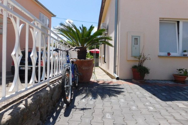 Zadar, area Smiljevac, house for sale