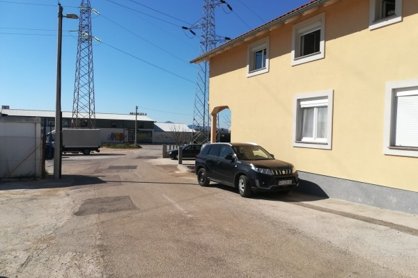 Zadar,građevinsko zemljište sa dozvolom
