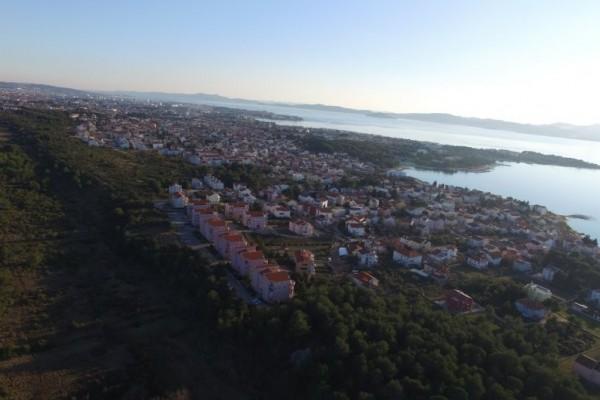 Zadar,Sinjoretovo,zemljište visoke stabene izgradnje 15000 m2